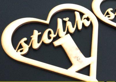 stojaki-numerki-na-stoliki-drewniane-lubin-polkowice-chojnow-chocianow-scinawa-jawor-legnica-glogow-400x284 Grawerowanie, cięcie drewna